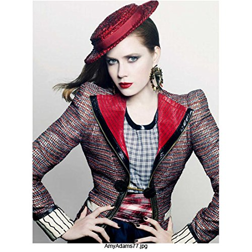 Amy Adams 8 Inch x10 Inch Photo Man of Steel American Hustle Enchanted Wearing Colorful Outfit Hands on Hips w/Red Hat & Blue Background kn