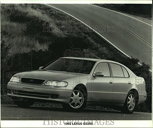 Vintage Photos 1993 Press Photo 1993 Lexus GS300 Sedan from Toyota's luxury car division