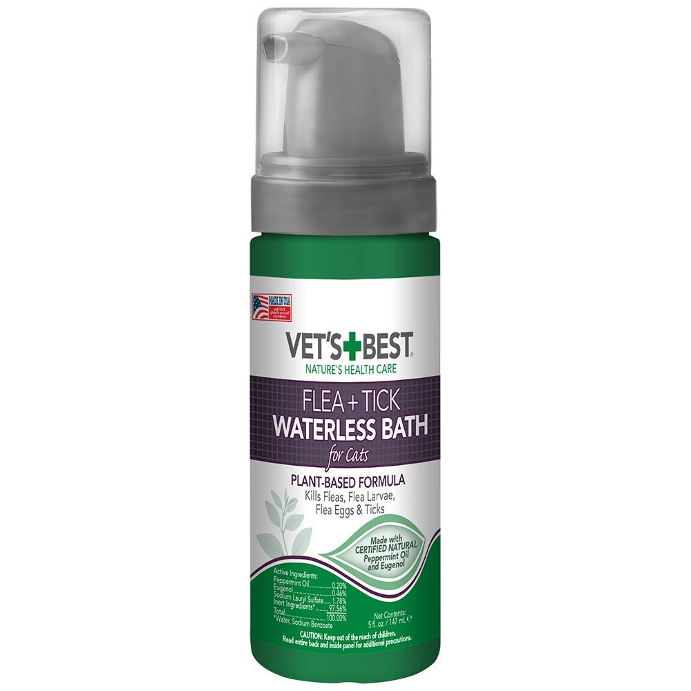 Vet's Best Flea and Tick Waterless Bath Foam for Cats | Flea Treatment Dry Shampoo for Cats | Flea Killer with Certified Natural Oils | 5 Ounces