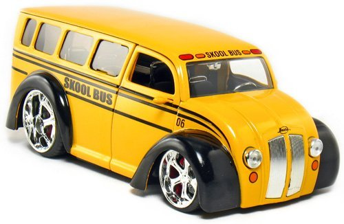 DIV Cruizer Skool Bus 1:24 Scale (Yellow) (Skool Bus)