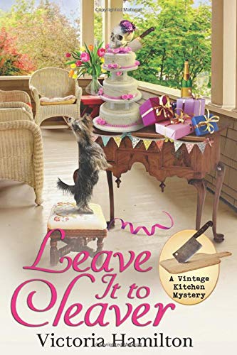 Leave It to Cleaver (A Vintage Kitchen Mystery)