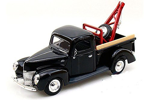 MotorMax Tow Pickup Truck 1940 Ford 1:24 scale 8