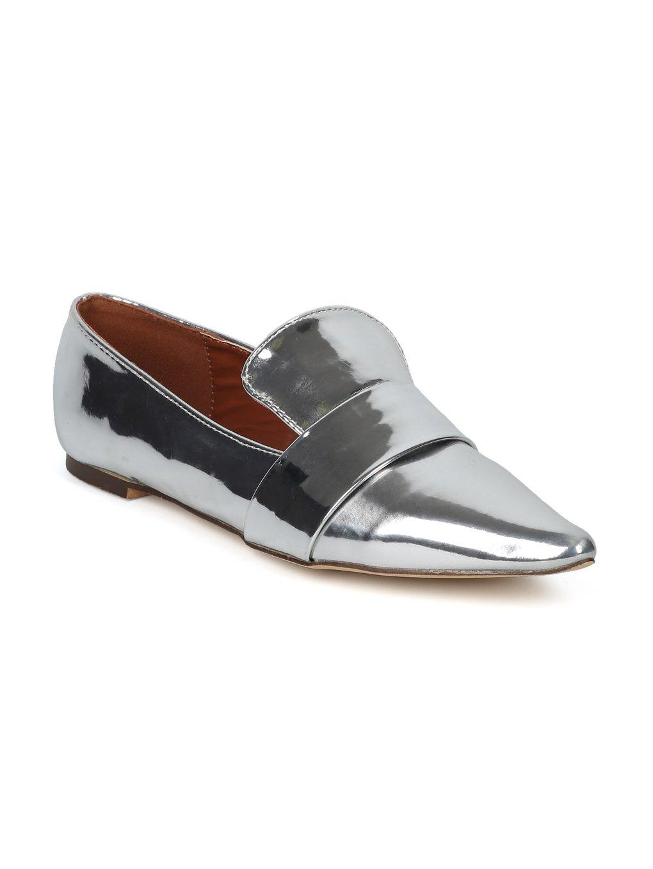 Alrisco Women Metallic Leatherette Pointy Toe Slip On Loafer HF38 - Silver Metallic (Size: 6.5)