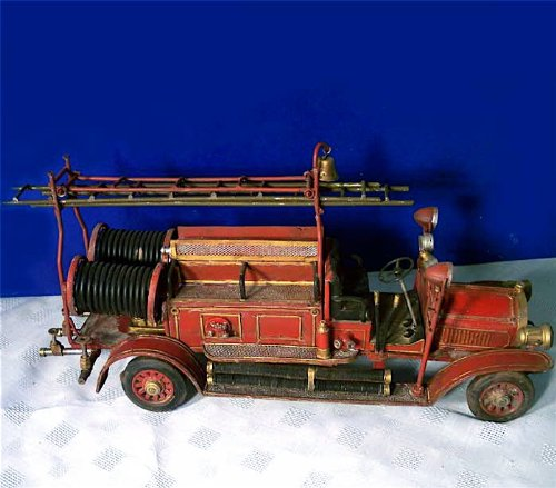 (UD Antique Detailed Tin Ladder Truck Fire Engine Antique Detailed Tin Ladder Truck Fire Engine)