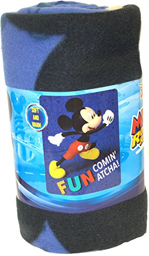 S.L. Home Fashions Mickey Mouse y la Roadster Racers Divertida Comin Carácter Atcha Manta de Forro Polar, 50x 60-Inches