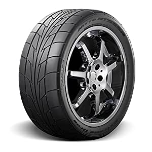 Nitto (Series NT 555R DRAG) 315-35-17 Radial Tire