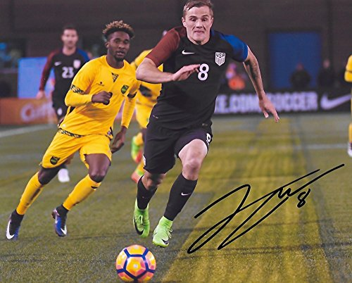 Jordan Morris, USA, United States National team, Signed, Autographed, 8X10 Photo, a Coa with the Proof Photo of Jordan Signing Will Be Included=