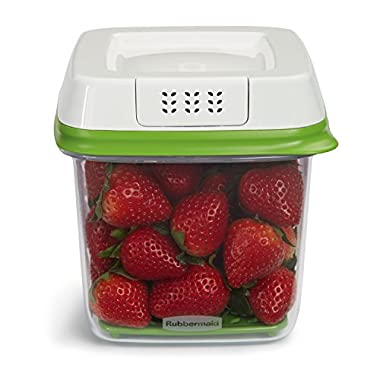 Rubbermaid FreshWorks 6.3 Cup Medium Produce Saver Food Storage Container, Green