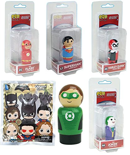 DC Wooden Figure Pack Mini Comic Character Set Superman / Green Lantern / The Flash / Harley Quinn & The Joker 5-Pack Wood Pin Mates + Mystery 3D Figural Keychain Foil Blind Bag Batman VS Superman (Mates Mystery)