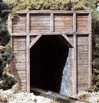 N Single Tunnel Portal, Timber