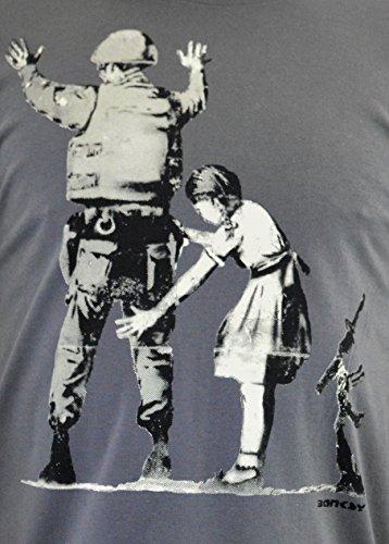 "FACES Herren T-shirt ""BANKSY Girl Searching Soldier"" Handserigraphie mit Wasser"