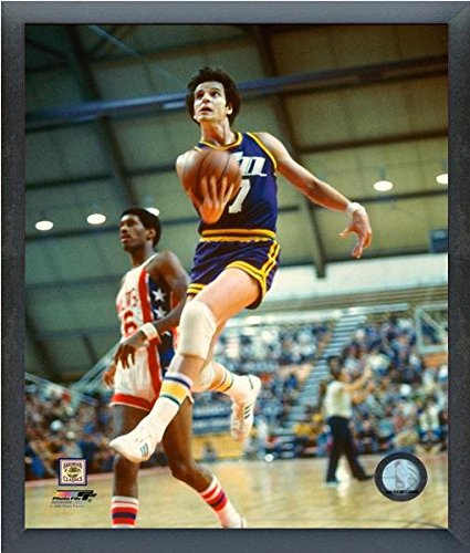 Pete Maravich New Orleans Jazz NBA Action Photo (Size: 12