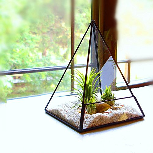 Noah Decoration Hand Blown Retropyramid decoration product image