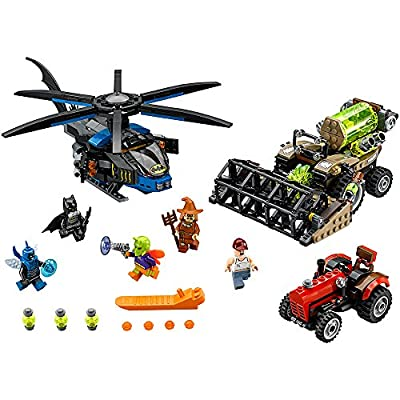 LEGO Super Heroes 76054 Batman: Scarecrow Harvest of Fear Building Kit (563 Piece): Toys & Games
