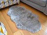 Sheepskin Silver Grey Faux Fur Style Rug (70cm x 140cm)