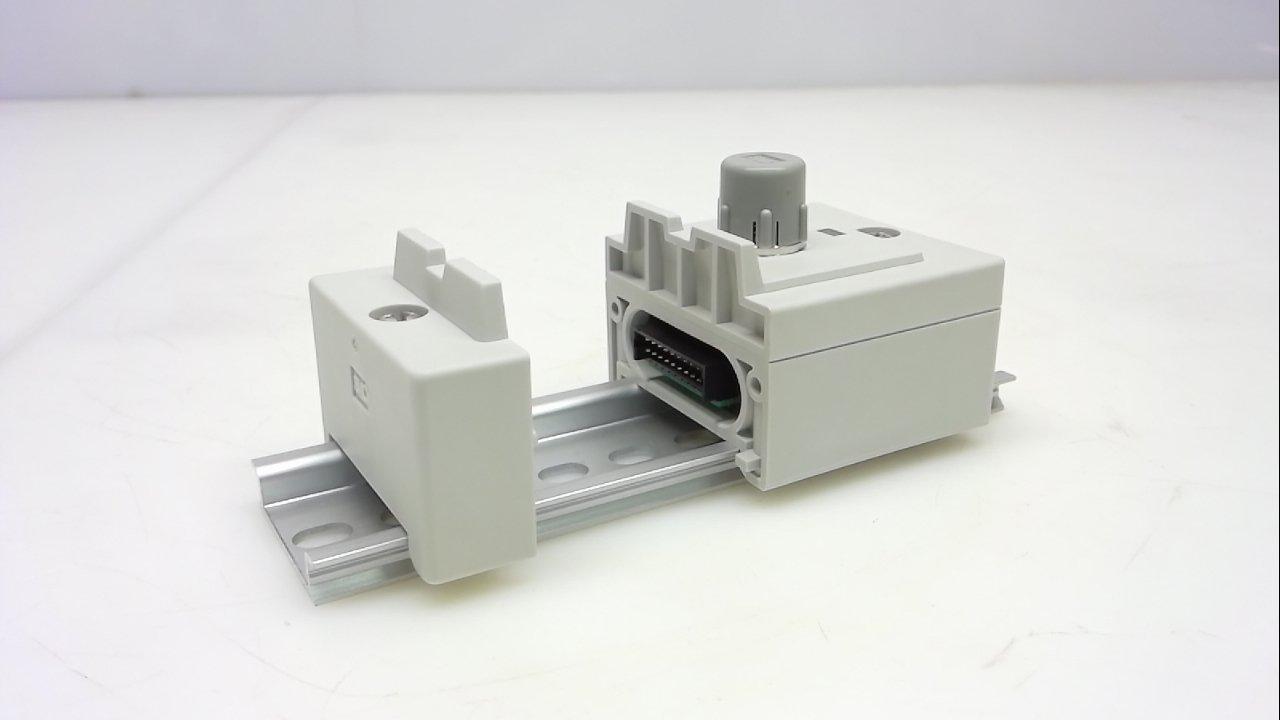 Smc Eex500-Ib1-E3 8 Pole 24Vdc 650Ma Eex500-Ib1-E3 Input Manifold