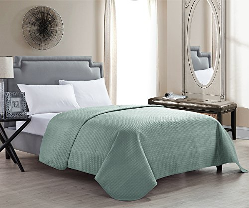 Great Deal! HollyHOME Luxury Checkered Super Soft Solid Single Pinsonic Quilted Bed Quilt Bedspread ...
