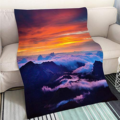 Breathable Flannel Warm Weighted Blanket Haleakala National Park Crater Sunrise in Maui Hawaii Perfect for Couch Sofa or Bed Cool Quilt