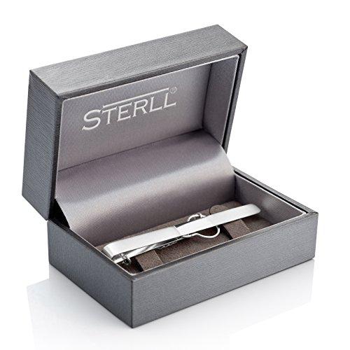 STERLL Krawattennadel aus massivem 925 Silber in einer Schmuckbox. Ideal als Geschenk für Mann oder Freund