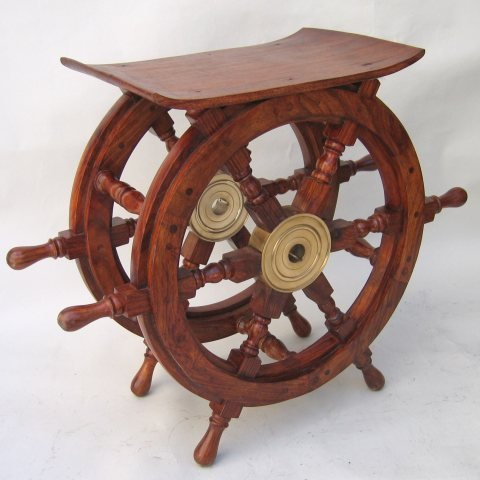 REAL SIMPLE.A HANDTOOLED HANDCRAFTED SHIP'S WHEEL TABLE!!