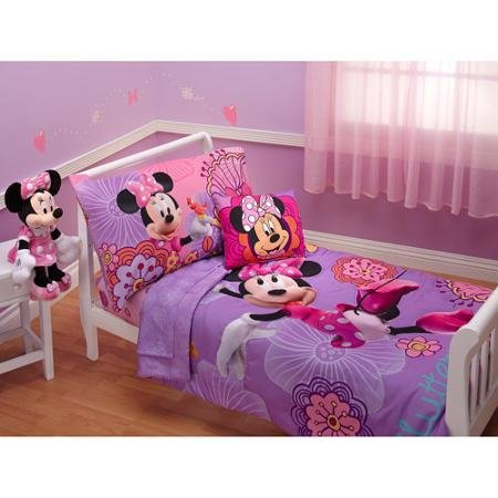 Baby, Childrens, Toddler 4 Piece Bedding Set (Minnie Mouse)