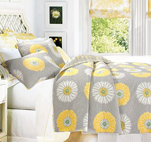 Cozy Line Home Fashions Anya Floral Bedding Quilt Set, Grey Yellow White Sunflower Flower Printed Reversible Coverlet Bedspread Gifts for Kids Women (Yellow Sunflower, Full/Queen - 3 piece) (Yellow Floral Bedding)