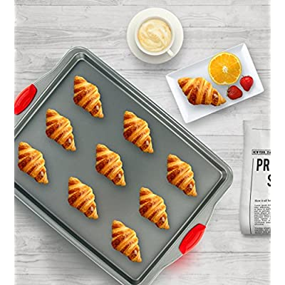 Cookie Sheets & Jelly-Roll Pans