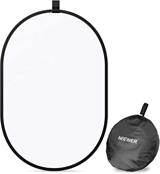 Neewer Photography Studio Light Reflector Pop-Out Foldable Soft Disc Diffuser with Carrying Case for Studio and Portrait Outdoor Photography Product Video Shooting (23.6x35)