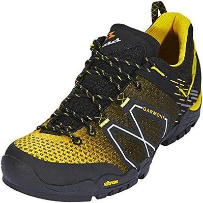 Amazon.com  Garmont Sticky Cloud Hiking Shoe - Men s Black 8  Sports ... e10bfaf998