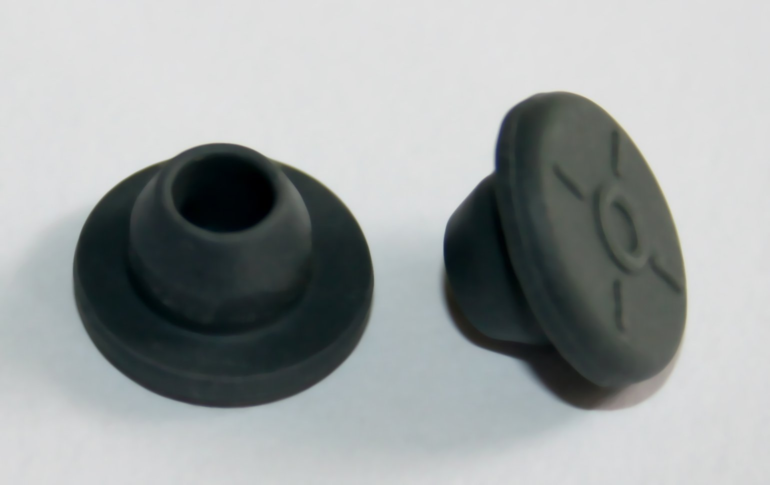 13mm Rubber stoppers for Sealing 1/4 inch or 7mm Opening (200)