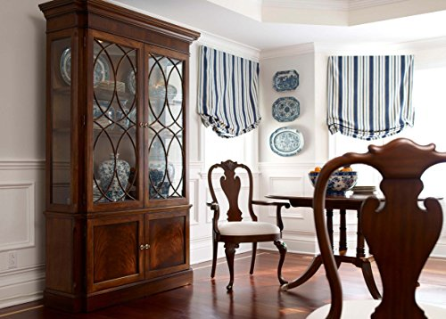 China Cabinet with plate grooves.