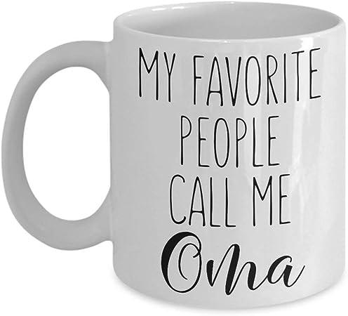 Dozili Oma Cup Oma Tasse /à caf/é Inscription en anglais /« Who Favorite People Call Me Oma /» Tasse /à caf/é Oma Best Oma Ever Mug Oma is the Greatest Oma Cadeau de petits-enfants de 28 ml Blanc