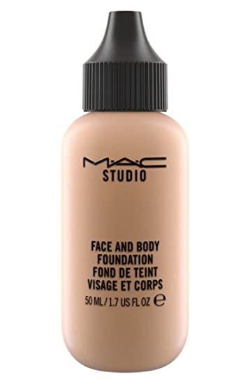 A lightweight foundation that delivers a natural satin finish and sheer coverage.