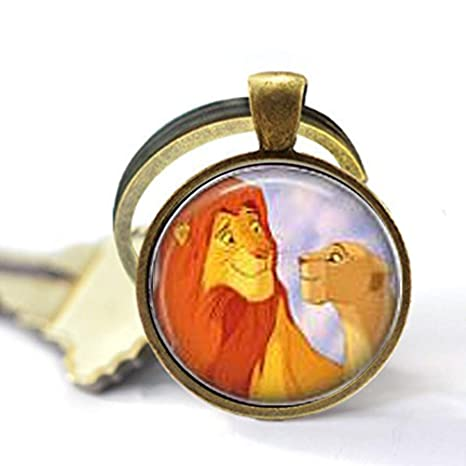 Amazon.com: Simba & Nala - Llavero: Home & Kitchen
