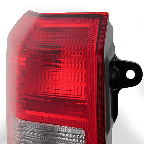 For 08-17 Jeep Patriot SUV Red Clear Rear Tail Light Tail Lamp Brake Lamp Passenger Right Side Replacement