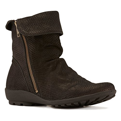 Walking Cradles Women's Heist Boot Black Matte Snake Print