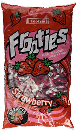 Tootsie Roll Strawberry Frooties - 360 Pack,38.8OZ (Best Candy To Throw In A Parade)
