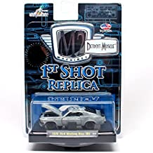 LIMITED EDITION 1970 Ford Mustang Boss 302 * 1ST SHOT REPLICA CHASE PIECE (Limited to only 972 pieces worldwide) * M2 Machines Detroit Muscle * 2009 Castline Premium Edition 1:64 Scale Die-Cast Vehicle (09-03)