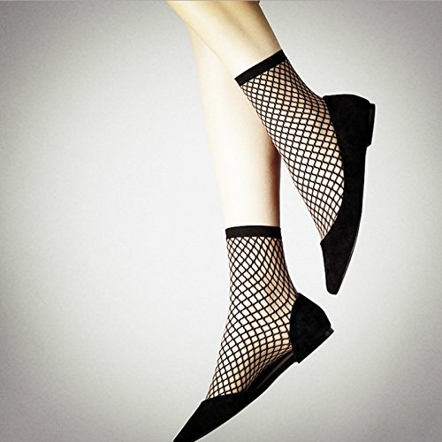 black-fish-net-socks-retro-grid-cut-at-the-end-of-the-eye-hole-fishnet-stockings