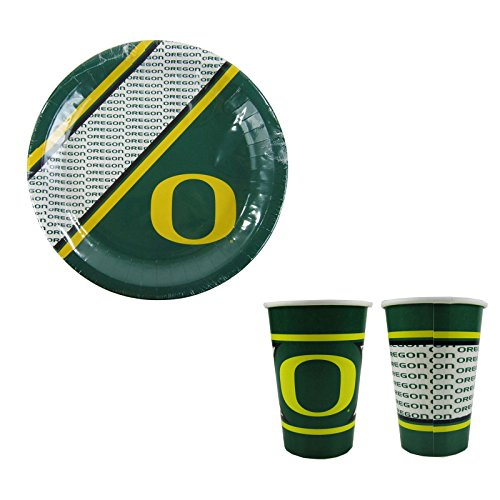 A 40 Piece NCAA Gift Set 20 Disposable Paper Plates and 20 Paper Cups - Oregon Ducks