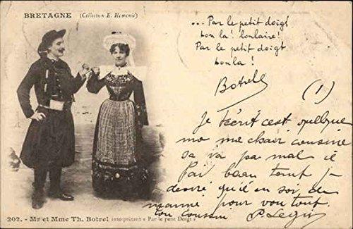 Mr France Costume - Mr. et Mme. Th. Botrel - Traditional Costume, Brittany France Original Vintage Postcard