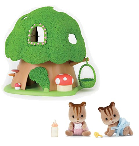 Calico Critters Discovery Forest Treehouse Playset with Hazelnut Chipmunk Twins