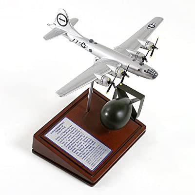 "Mastercraft Collection Planes and Weapons Series Includes ""Fat Man"" Atomic Bomb Boeing B-29 SUPERFORTRESS BOCKSCAR Model Scale:1/136"
