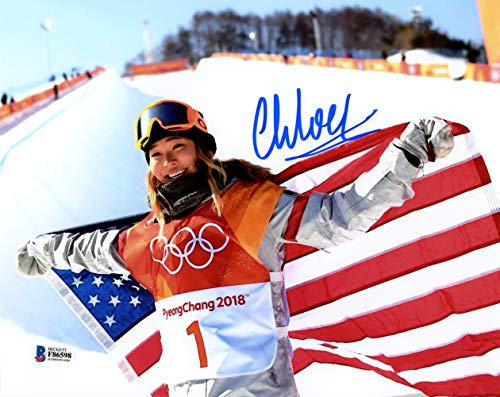 - Chloe Kim Autographed 8x10 Photo Team USA Women's Snowboarding 2018 Winter Olympics Beckett BAS Stock #144536