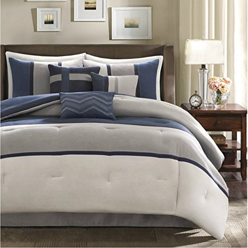 Best Comfort 7 Piece Bedding Set in Blue Color & Stylish Stripes Pattern - California King Size