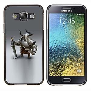 Caucho caso de Shell duro de la cubierta de accesorios de protección BY RAYDREAMMM - Samsung Galaxy E5 E500 - Vikingo espadachín caballero gráficos CGI