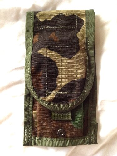 (Specialty Defense Official Military Army Woodland Camo Molle II Nylon Double Mag Ammo Pouch)