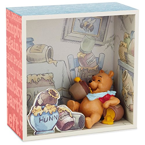 Winnie the Pooh and Honey Shadow Box With Figurine Decorativ
