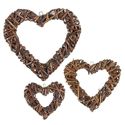 Juvale Heart Wreaths - 3-Pack Rustic Wicker Wall Decor, Hanging Decoration Rattan Wreaths for Valentine's Day, Weddings, Front Door Display, 3 Different Sizes -