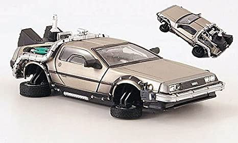 DeLorean DMC 12 Back To The Future II Flying Version Model Car
